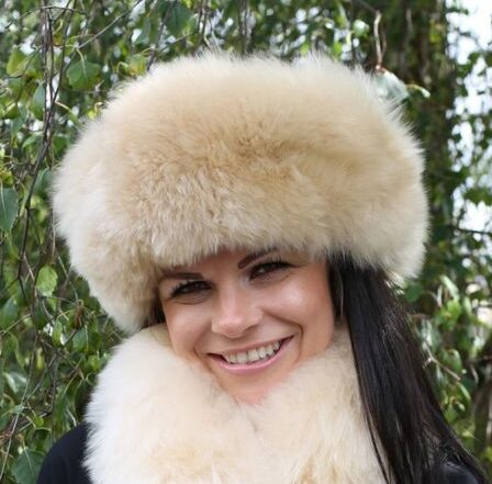 fur-hat-and-scarf-web_3